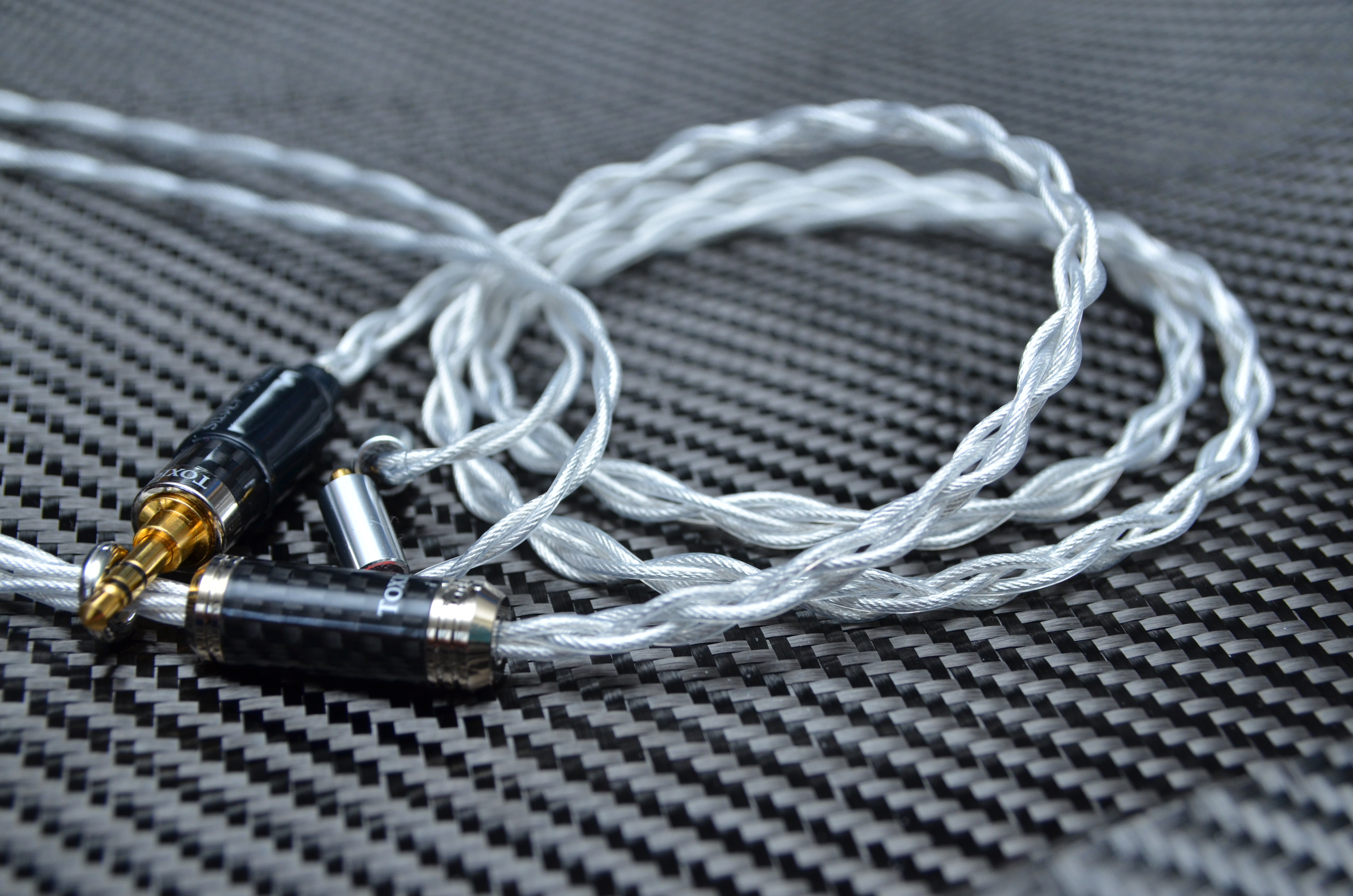 Silver Widow 22 OCC Silver Litz Earphone Cable - Toxic Cables